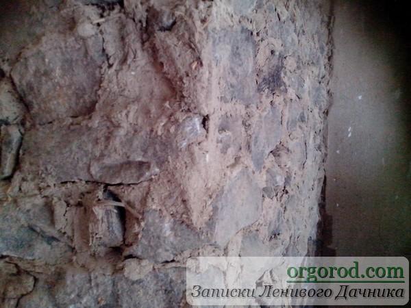 Старая печка из камня