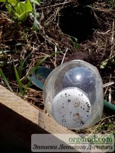Процесс изготовления полива из ПВХ-бутылки